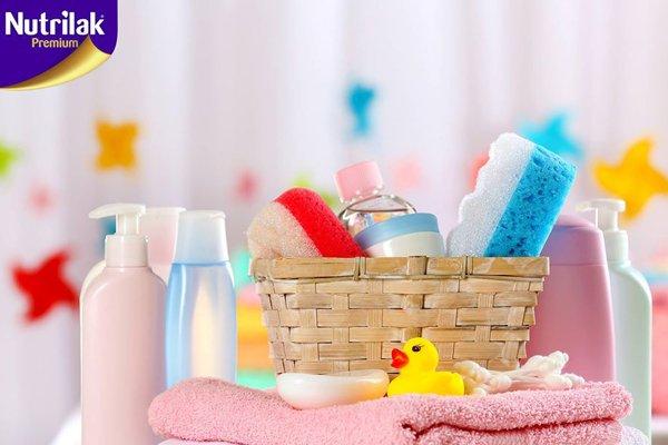 nivtebi romelic bavshvis dabanisas dagchirdebat - ნივთები, რომელიც ბავშვის ბანაობისას აუცილებლად დაგჭირდებათ